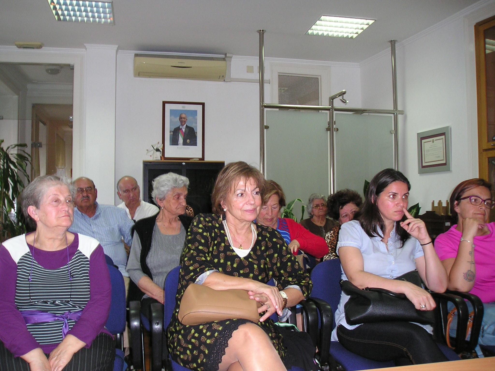 MDM debate saúde da mulher em Alhandra